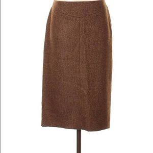 BCBG fitted tweed pencil skirt